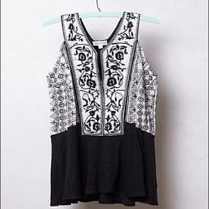 Beautiful embroidered top from Anthropologie!